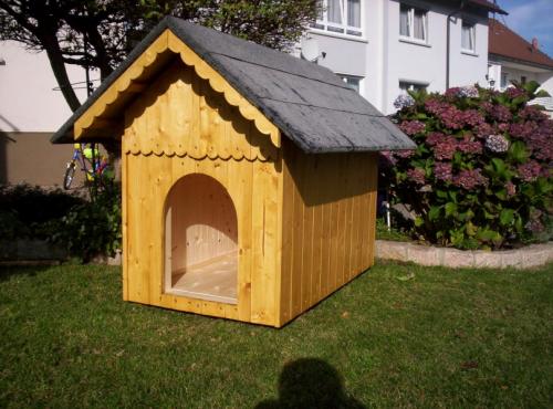 Bauplan Bauanleitung für Hundehütte isoliert in allen Größen